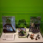 8Pw3ZWDkoeaxPVwKG0SwuGXfIeWtPjy4PffT4Gs7l o Video Game Hall of Fame Halo Display.